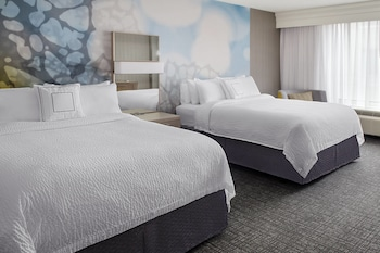 Charlotte Vacations - Courtyard by Marriott Charlotte City Center - Property Image 1
