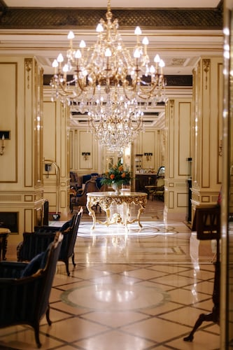 . Hotel Bristol