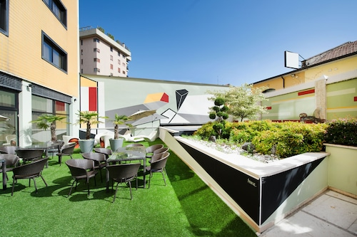 __{offers.Best_flights}__ Art Hotel Navigli