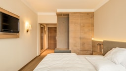 Double Room (french Bed 1,40 M)