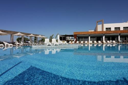. Elite City Resort