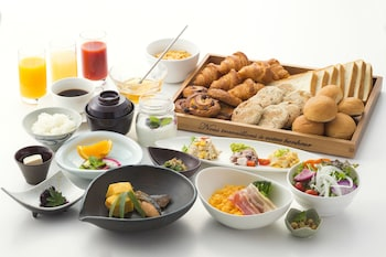 HOTEL NEW HANKYU KYOTO Breakfast buffet