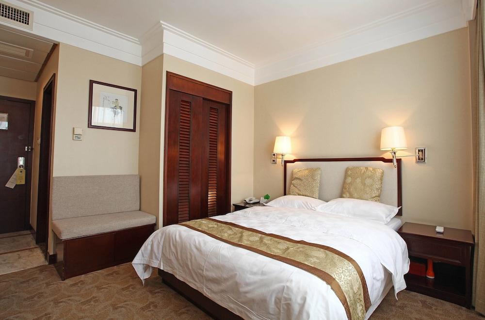 벨 타워 호텔 시안(Bell Tower Hotel Xian) Hotel Image 4 - Guestroom