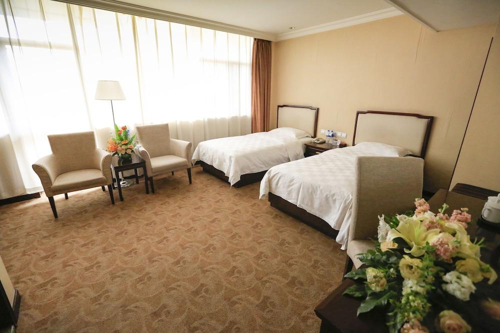 벨 타워 호텔 시안(Bell Tower Hotel Xian) Hotel Image 12 - Guestroom