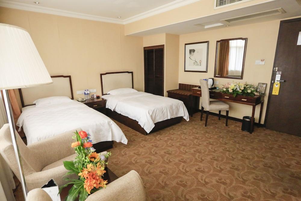 벨 타워 호텔 시안(Bell Tower Hotel Xian) Hotel Image 13 - Guestroom