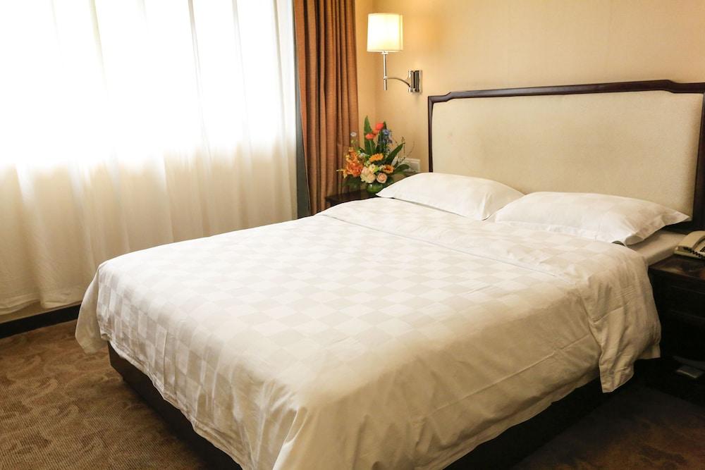 벨 타워 호텔 시안(Bell Tower Hotel Xian) Hotel Image 15 - Guestroom