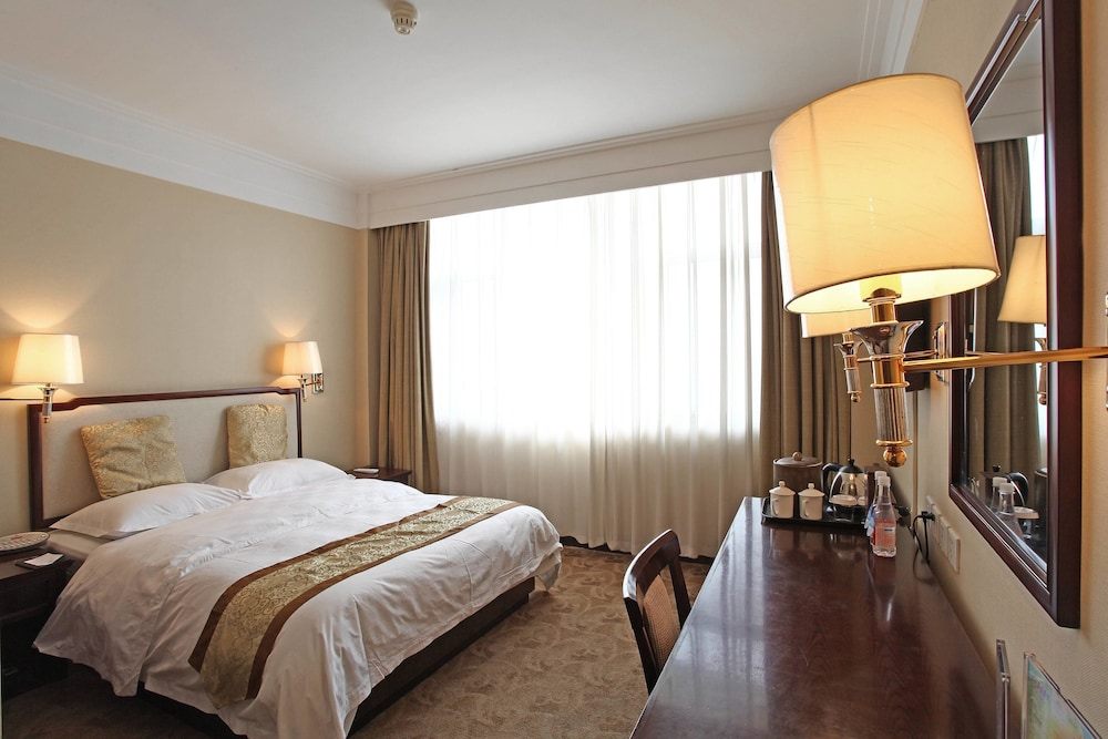 벨 타워 호텔 시안(Bell Tower Hotel Xian) Hotel Image 8 - Guestroom