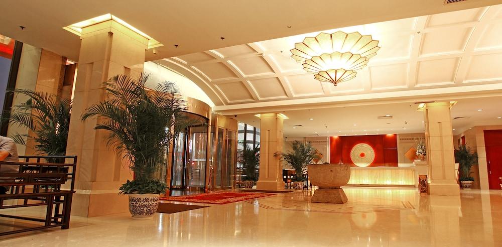 벨 타워 호텔 시안(Bell Tower Hotel Xian) Hotel Image 2 - Lobby