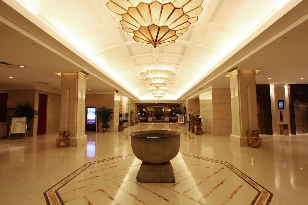 벨 타워 호텔 시안(Bell Tower Hotel Xian) Hotel Image 1 - Lobby