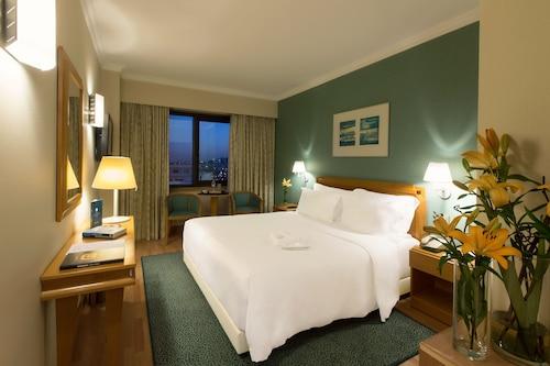 . SANA Metropolitan Hotel