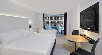 Premium Tek Büyük Yataklı Oda (swim Up)