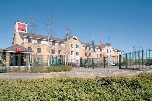 . ibis Cardiff Gate - International Business Park