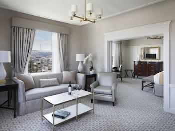 Suite, 2 Bedrooms, 2 Bathrooms, City View