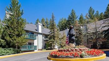 貝斯特韋斯特大熊城堡飯店 Best Western Big Bear Chateau