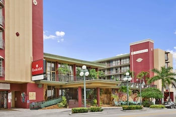 Hotel - Ramada by Wyndham Hollywood Downtown
