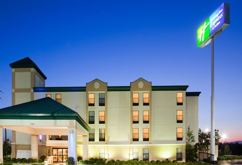 Holiday Inn Express Fort Bragg, Cumberland