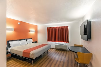 Hotel - Motel 6 Dallas - South