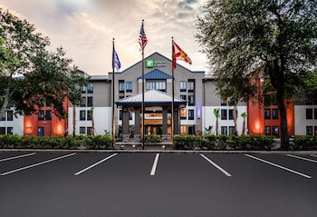 Hotel - Holiday Inn Express Tampa-Brandon