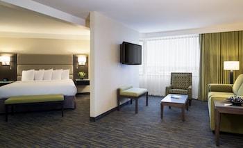 Suite (Corner King)