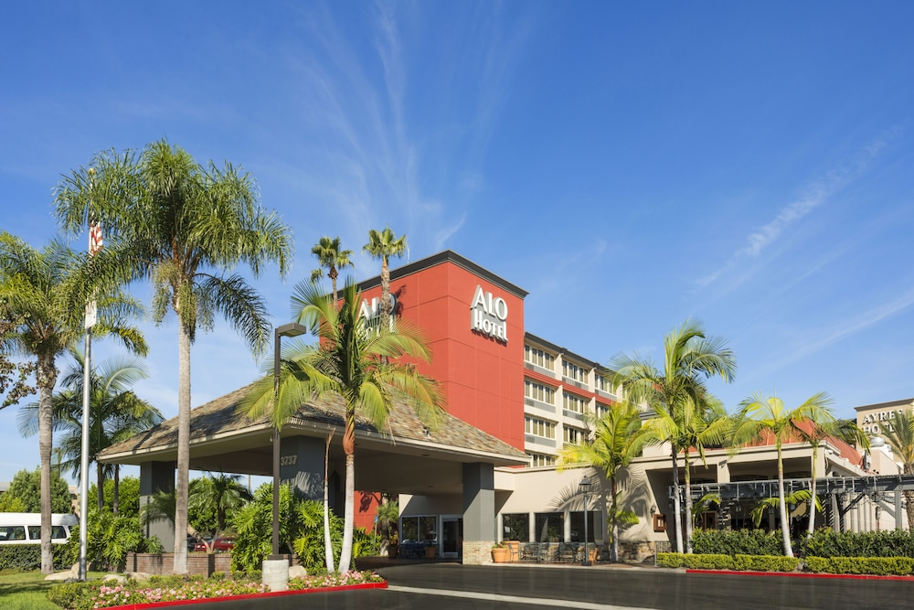 Featured Image Hotel Front