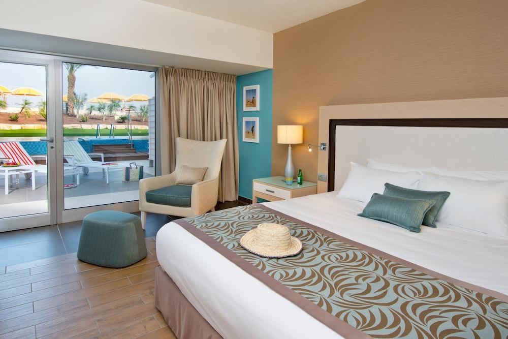 https://i.travelapi.com/hotels/1000000/80000/77300/77235/48ea63ef_z.jpg