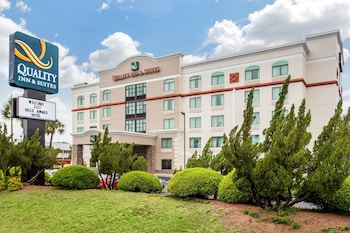 北默特爾比奇凱藝套房飯店 Quality Inn & Suites North Myrtle Beach