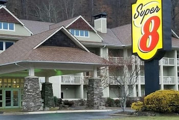 Hotel - Super 8 by Wyndham Cherokee