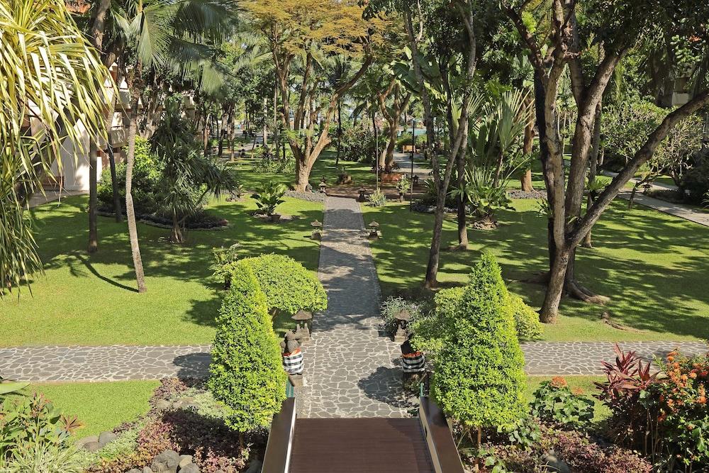 빈탕 발리 리조트(Bintang Bali Resort) Hotel Image 43 - Garden