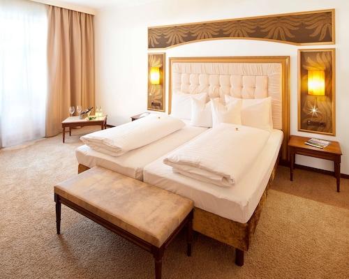 . Best Western Plus Hotel Goldener Adler