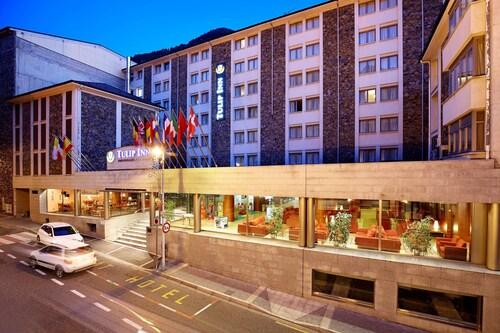 . Tulip Inn Andorra Delfos Hotel
