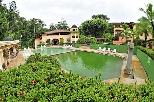. Hotel El Tucano Resort & Thermal Spa