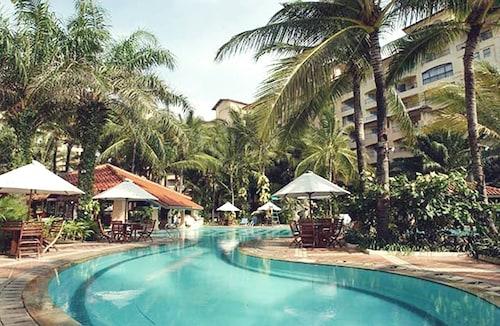 . Marbella Hotel Convention and Spa
