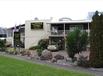 레드위치 로지 모텔(Ledwich Lodge Motel) Hotel Image 0 - Featured Image