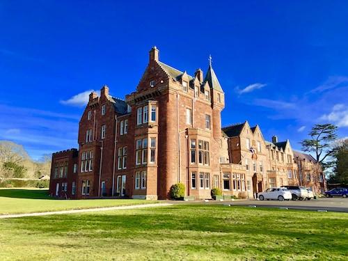. Dryburgh Abbey Hotel