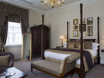 Büyük Yataklı Tek Kişilik Oda
