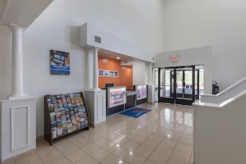 Lobby at Motel 6 Ft Worth - Bedford, TX in Bedford