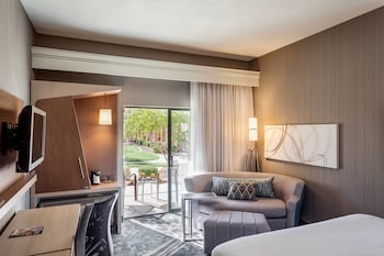 Room, 1 King Bed, Ground Floor