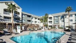 Courtyard by Marriott Las Vegas Henderson/Green Valley