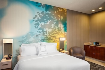 Guestroom at Courtyard by Marriott Las Vegas Henderson/Green Valley in Henderson