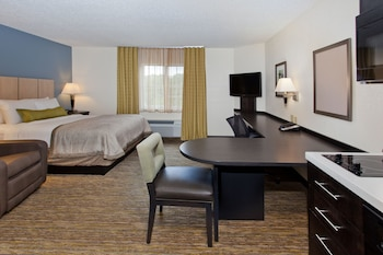Candlewood Suites Phoenix photo