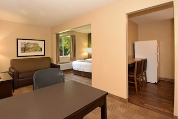 Guestroom at Extended Stay America - Arlington - Six Flags in Arlington