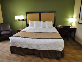 Guestroom at Extended Stay America - Phoenix - Scottsdale - North in Scottsdale