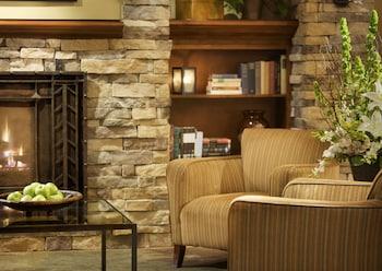 希爾斯伯勒拉克斯珀飯店 - 全套房飯店 Larkspur Landing Hillsboro - An All-Suite Hotel