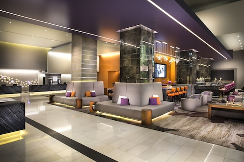 Loews Hollywood Hotel, Los Angeles