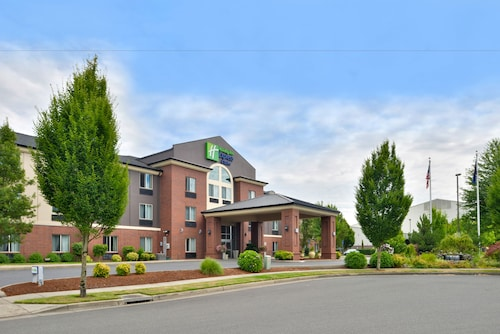 Holiday Inn Express & Suites Albany, Linn
