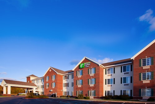. Holiday Inn Express Hotel & Suites Acme-Traverse City