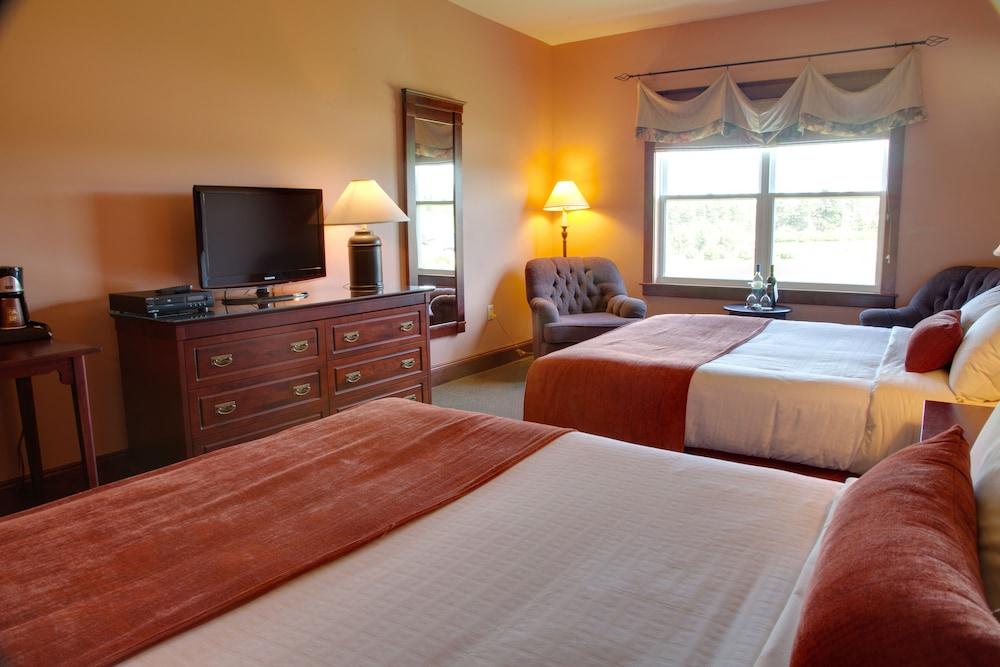https://i.travelapi.com/hotels/1000000/800000/790800/790789/28a0e34a_z.jpg