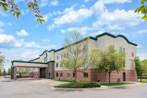 . Wingate by Wyndham Helena Airport