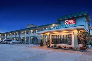 桑茲貝斯特韋斯特普勒斯旅館及套房飯店 Best Western Plus Holiday Sands Inn & Suites