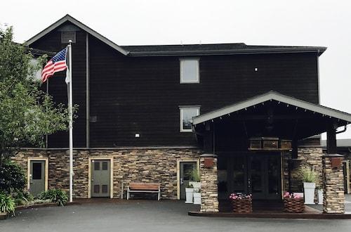 . Holiday Inn Express Ft Bragg, an IHG Hotel
